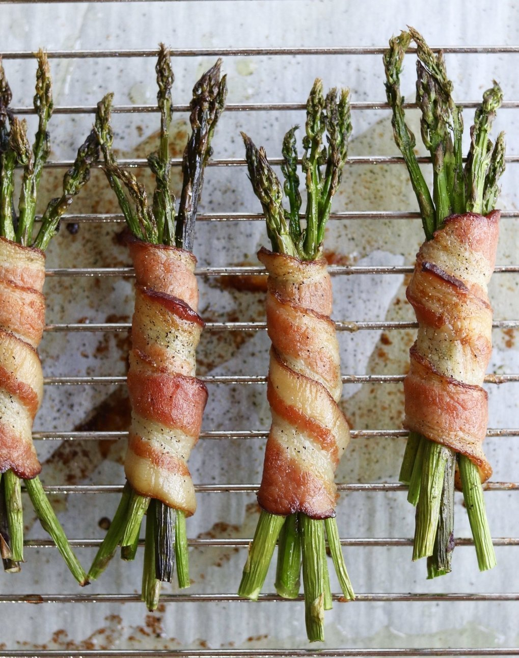 Whole30 Bacon Wrapped Asparagus